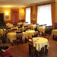 Hotel Pictures: Le Relais, Issoire