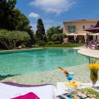 Hotel Pictures: Le Clos Des Pradines, Uzès
