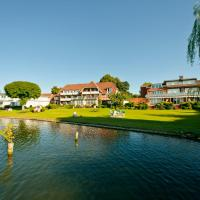 Hotel Pictures: Strauers Hotel am See, Bosau