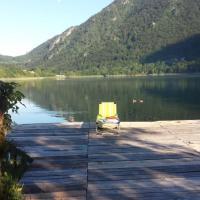 Hotel Pictures: Eco Village Boracko Jezero, Jezero