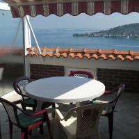 Comfort Two-Bedroom Apartment with Balcony and Sea View (4 Adults)