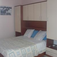 Three-Bedroom Apartment with Balcony and Sea View (6 Adults)