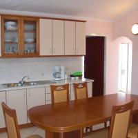 Three-Bedroom Apartment with Terrace and Sea View (7 Adults)