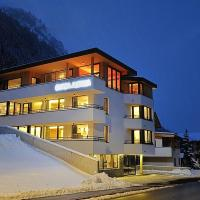 Hotel Pictures: Chasa Altana, Ischgl