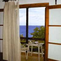 Apartment (2 Adults + 2 Children) with Sea View