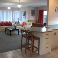 Three-Bedroom House (off-site)