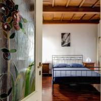 One-Bedroom Apartment - 116 Via Mario Dè Fiori