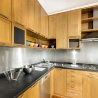 Four-Bedroom Apartment - 39 Via dei Banchi Nuovi