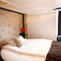 Deluxe Double Room with Romantic Package