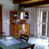 Large Two-Bedroom Apartment with Terrace - Via Salice 1