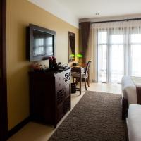 Deluxe Family Connecting Room with Balcony