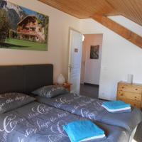 Five-Bedroom Chalet (6-12 Persons)
