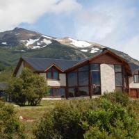 Hotel Pictures: Poncho Moro Lodge, El Corcovado