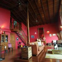 Hotel Pictures: Casa Bella Rita Bed and Breakfast, Santa Ana