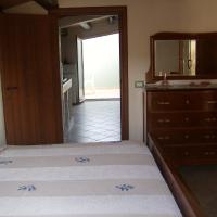 Two-Bedroom Apartment with Terrace - Via Salice 1