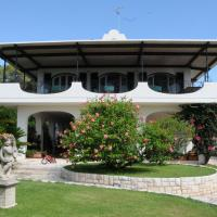 Four-Bedroom Villa with Patio - Split Level
