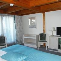 Standard Double Room with Balcony and Lake View