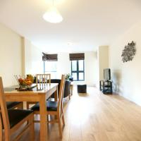 Hotel Pictures: Lodge Drive Serviced Apartments, Enfield