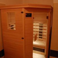 Studio with Spa Bath and Sauna