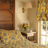 Queen Suite with Spa Bath - Pancoast Carriage House
