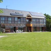 Hotel Pictures: Chambres d'Hotes les Coteaux d'Uzos, Uzos