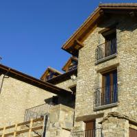 Hotel Pictures: La Solana de Jaca - Casa Oroel, Novés