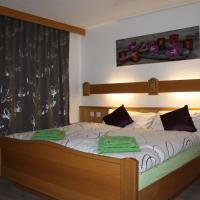 Three-Bedroom Apartment - Ost