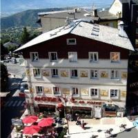 Hotel Pictures: Hôtel De La Poste, Font-Romeu