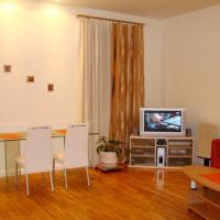 Studio (4 Adults) - Krasnoarmeyskaya Street 36