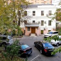 Studio - Zhylyans'ka Street 30
