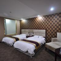 Deluxe Double or Twin Room with Computer