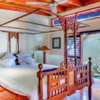 Four-Bedroom Villa with Private Pool - Beach Front