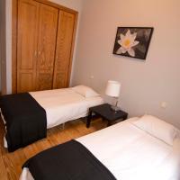 Three-Bedroom Apartment (8 Adults) - Calle Marques Viuda de Pontejos 2