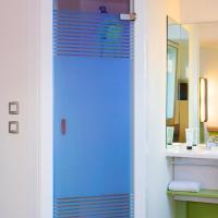 Hotel Pictures: ibis budget Rueil Malmaison, Rueil-Malmaison