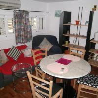 Hotel Pictures: Apartment Studio Mas Mestre, Olivella