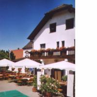 Hotelbilleder: Gasthof / Pension Götzfried, Tegernheim
