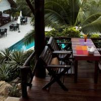 Bungalow Suite wtih Pool View