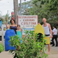 Hotel Pictures: Cabinas & Restaurante Cristina, Tambor