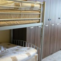 Single Bed in 6-Bed Mixed Dormitory Room with Shared Bathroom