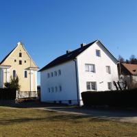 Hotel Pictures: Ferienwohnung Beate, Ziemetshausen