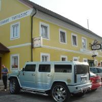 Hotel Pictures: Landgasthof Winklehner, Sankt Pantaleon
