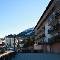 Hotel Pictures: Apartamento Port del Comte Minimm, La Coma i la Pedra