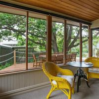 One-Bedroom Apartment - Acorn