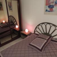 Four-Bedroom Apartment - 15/17 boulevard de la Ferrage