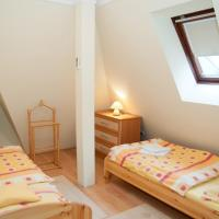 Two-Bedroom Apartment - Attic (4 Adults)