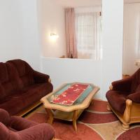 Two-Bedroom Apartment Ground Floor (4 Adults)