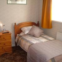 Hotel Pictures: Tremains Guest House, Bridgend