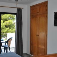 Studio with Private Terrace