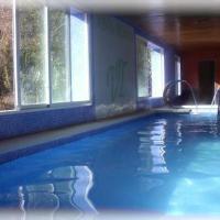 Hotel Pictures: Hotel Spa Venta Ticiano, Marchena