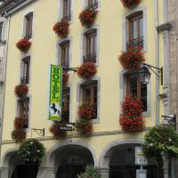 Hotel Pictures: Hotel Cheval De Bronze, Remiremont